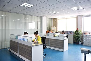 凯发k8手机网页ye务zhan斗团队